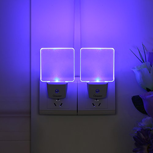 CNAMOY 2 Pack 0.5W Plug-in LED Night Light Lamp with Dusk to Dawn Sensor, Starlight Blue Automatic Light, Night Lights for Kids, Baby Nightlight