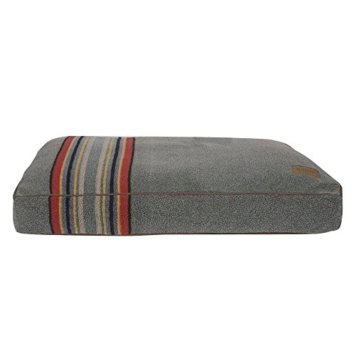 Carolina Pet Company Pendleton Yakima Camp Heather Green Pet Bed Medium by Carolina Pet