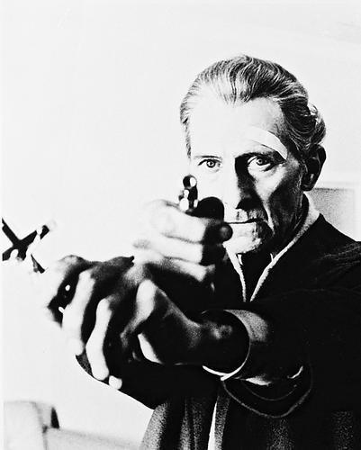 Peter Cushing With Cross Satanic Rites of Dracula 8x10 HD Aluminum Wall - Satanic Shop