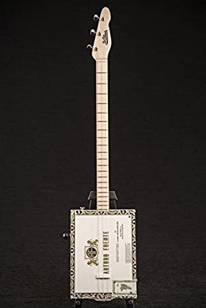 ST. Blues 3 cadena Arturo Fuente Cigar Box Guitar Solo: Amazon.es ...