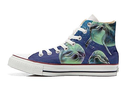 Converse Customized Chaussures Personnalisé et imprimés UNISEX (produit artisanal) 3 posant avec les dauphins - size EU44