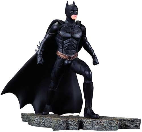 The Dark Knight Statue (DC Direct The Dark Knight Rises: Batman 1:12 Scale Statue)