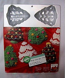 Wilton Cake Pan: Mini Christmas Tree (2105-1779, 1984)