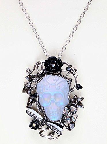 Kirks Folly Dream Skull Pin / Pendant / Necklace silvertone