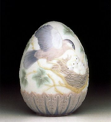 Lladro Retired 1993 Egg #16083