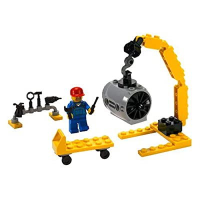 LEGO Airplane Mechanic - City 7901: Toys & Games
