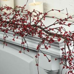 Factory Direct Craft Red Pip Berry Garland for Christmas and Everyday Decorating (Red Christmas Berry Garland)