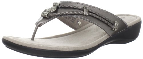 (Minnetonka Women's Silverthorne Signature Collection Sandal,Pewter,5 M US)