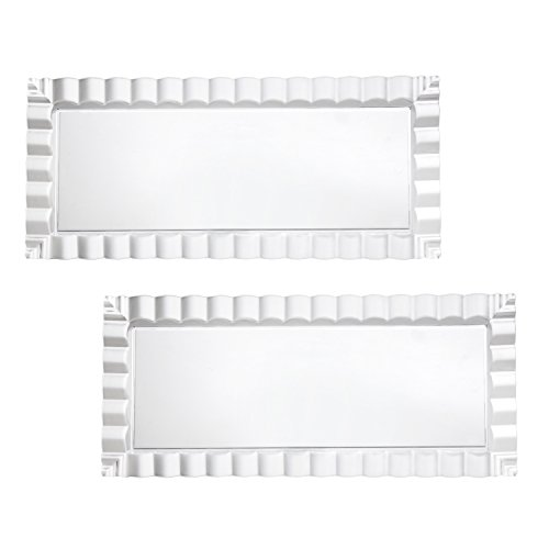 9221 Hard Plastic Decorative Wavy Trays, 17