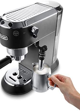 De'Longhi Dedica Style, Machine expresso pour préparer des boissons café et lactées, EC685BK, Noir
