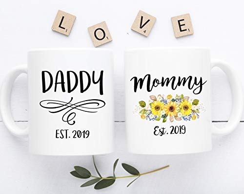 Mommy and Daddy Est 2019 Mug, Mom and Dad Gift, Mug for Parent to Be, New Parent Mug Set, Gift for Pregnancy, New Mom and Dad Mug Est 2019 (11oz)