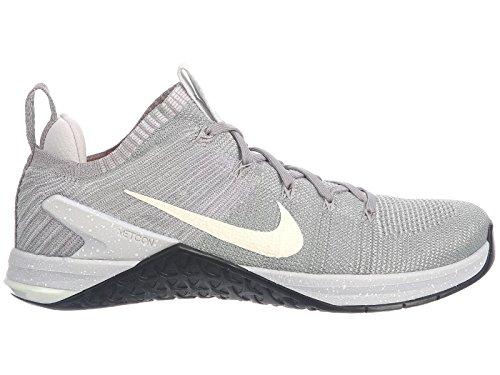 Nike Men's Metcon DSX Flyknit 2 Training Shoes (10.5, Matte Silver/White)