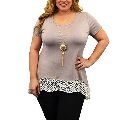 Urban Rose Women's Plus-Size Top, Sharkbite Lace Hem, Short Sleeve with Necklace