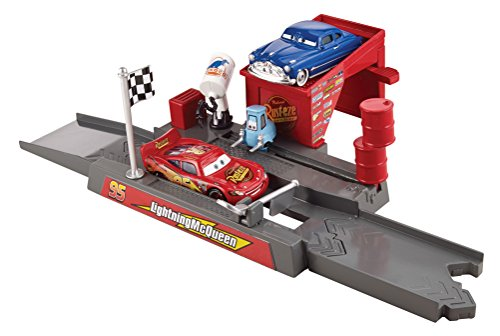 (Disney/Pixar Cars Story Sets Piston Cup Pit Stop Play & Race Launcher)
