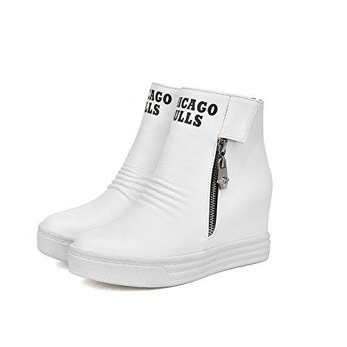AllhqFashion Damen Zweifarbig PU Leder Haken-und-Loop Rund Zehe Stiefel mit Reißverschluss Weiß