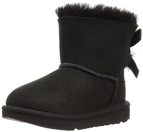UGG Girls T Mini Bailey Bow II Pull-on Boot, Black, 11 M US Little Kid ()