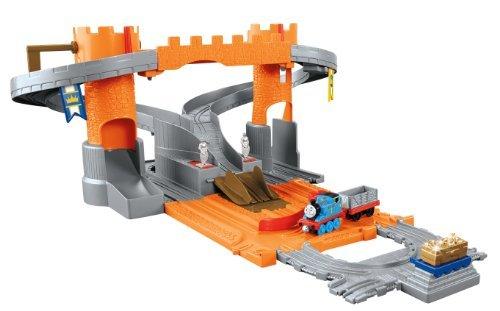 Thomas & Friends Fisher-Price Take-n-Play, Thomas' Adventure Castle (Price Adventure Castle Fisher)
