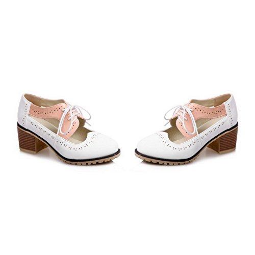 AllhqFashion Damen Ziehen auf Rund Zehe Mittler Absatz Blend-Materialien Gemischte Farbe Pumps Schuhe Weiß