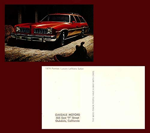 1974 PONTIAC LUXURY LeMANS SAFARI Station Wagon FACTORY ORIGINAL COLOR POSTCARD - USA - GREAT VINTAGE POST CARD !!