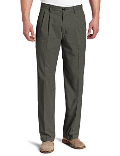 Dockers Men's Easy Khaki D3 Classic-Fit Pleated Pant, Umb...