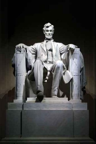 Abraham Lincoln (1920) (Sculpture) sculpted by Daniel Chester French, Piccirilli Brothers