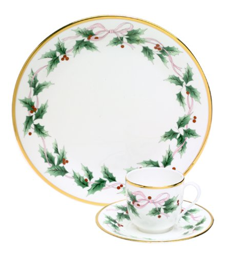 - Mikasa Bone China Ribbon Holly 3-Piece Place Setting, Service for 1