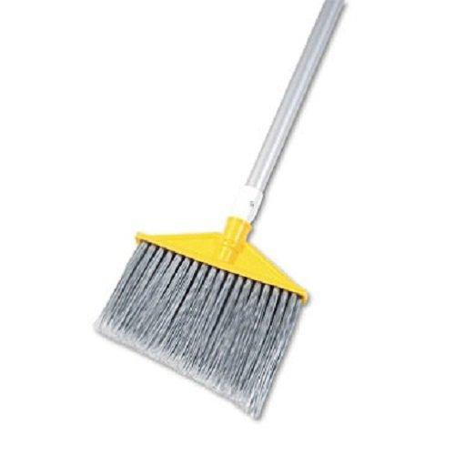 Brute Flagged Broom (Angled Large Brooms, Poly Bristles, 48 7/8