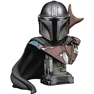 DIAMOND SELECT TOYS Star Wars: The Mandalorian Legends in 3-Dimensions 1:2 Scale Bust, Multicolor