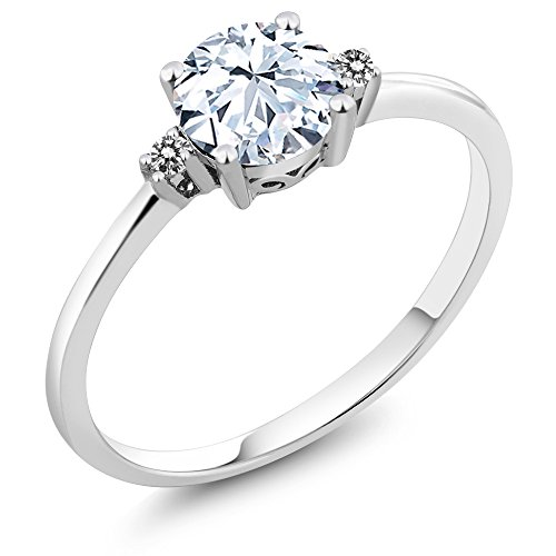 Gem Stone King 10K White Gold Engagement Solitaire Ring set with 1.23 Ct White Created Sapphire and White Diamonds (Size 7)