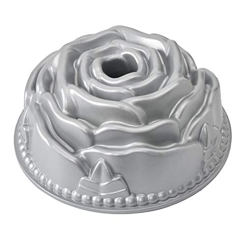- Bundt cake Pan Fluted Tube Cake Pan Rose Cast Aluminum Nonstick Baking Pan Flower Shape Bakeware Bundt Cake Pan 10 Cup