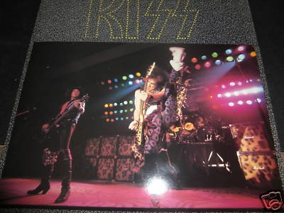 Kiss - They Only Come Out at Night - Zortam Music