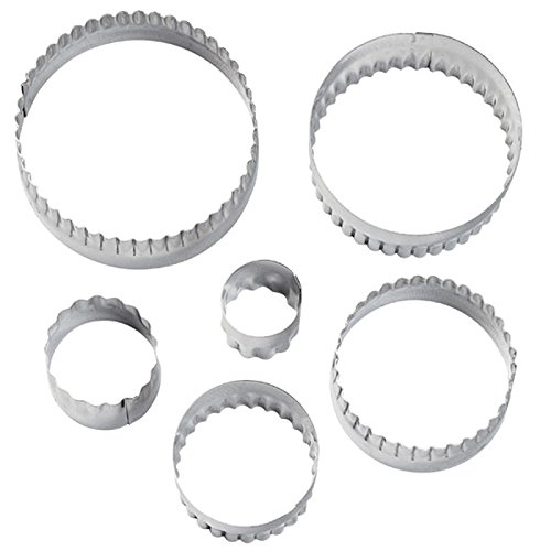 Wilton 417-2581 6-Piece Nesting Fondant Double Sided Cut Out Cutters, Round Round Cookie Cutter Set