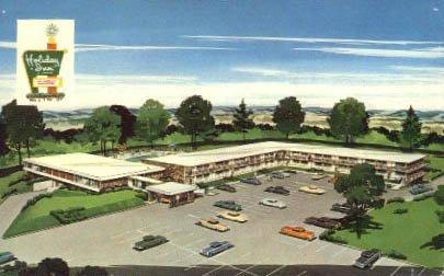 Montebello, Virginia Postcard - Town Montebello