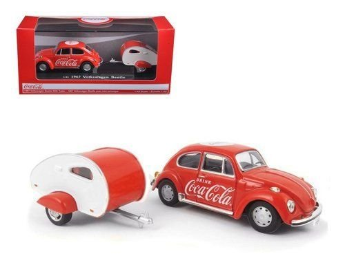 New 1:43 MOTOR CITY CLASSIC COLLECTION - RED 1967 VOLKSWAGEN BEETLE WITH TEARDROP TRAILER Diecast Model Car By Motor City Classics