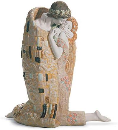 LLADR The Kiss Couple Sculpture. Porcelain Bride and Groom Wedding .
