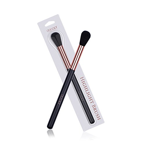 - Highlight Brush, Docolor Professional Makeup Brush for Highlighting and Contouring Face Makeup Brush
