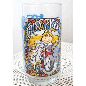 - The Great Muppet Caper MISS PIGGY Glass
