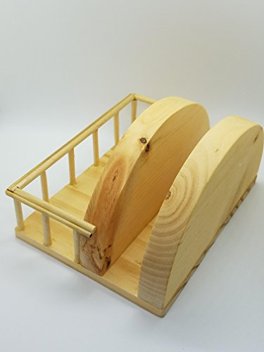 ((Hand made) Wooden napkin holder with space for salt and pepper shakers, toothpick holder and more kitchen accessories)