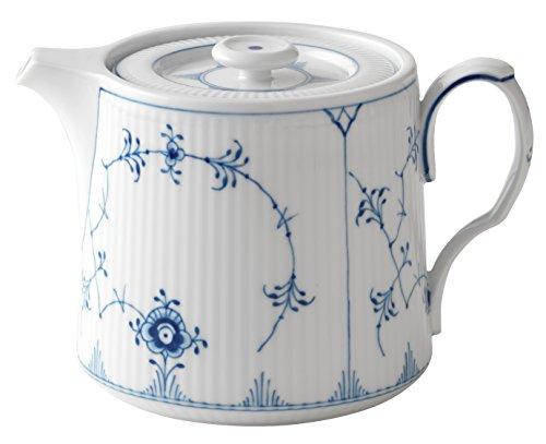 Royal Copenhagen Blue Fluted Plain Teapot ()