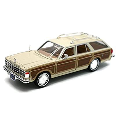 Motormax 1979 Chrysler LeBaron Town and Country Wagon 1/24 Scale Diecast Model Car Beige with Woodie Siding: Home & Kitchen