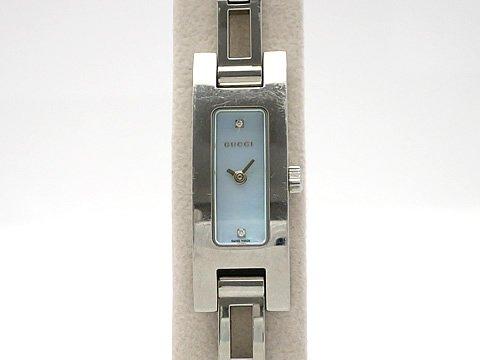 (グッチ)GUCCI 腕時計 レディース時計 2Pダイヤ シェル 3900L SS 中古 B079HPY45L