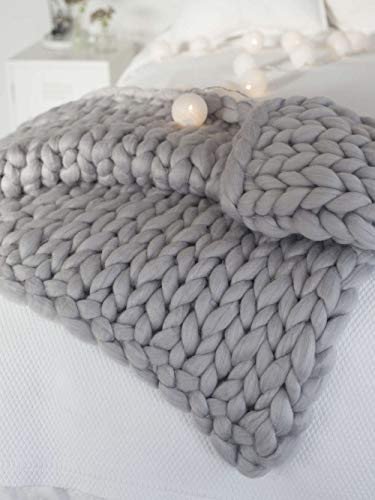 Merino Wool Throw Blanket - clootess Chunky Knit Blanket Merino Wool Hand Made Throw Boho Bedroom Home Decor Giant Yarn (Light Gray 40
