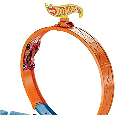 Hot Wheels Stunt n' Go Track Set by Mattel
