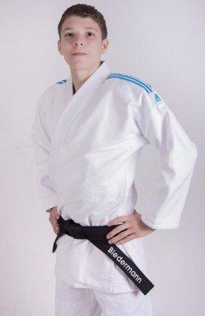 adidas Traje de Judo Quest Blanco: Amazon.es: Deportes y ...