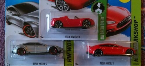 Hot Wheels Tesla set of 3: Tesla Model S in Red and Silver and Red Roadster! Great cars!