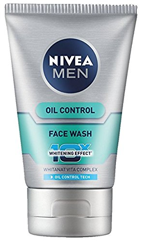 Nivea For Men Advanced Whitening Oil Control Face Wash, 100Ml (Pack Of 2)