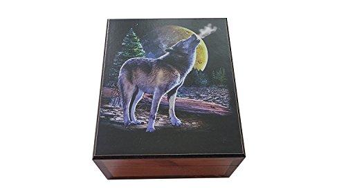 Amish Made Lone Wolf Cedar Chest Box, 4