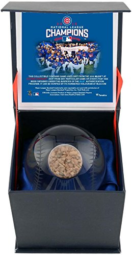 B National League Champions Crystal Baseball with 2016 NLCS Dirt - Fanatics Authentic Certified ()