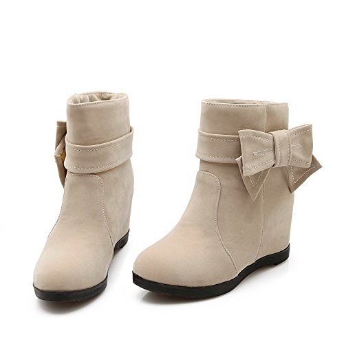 Agoolar Mujer's Imitated Suede Low-top Solid Pull-on Botas De Tacón Alto Beige