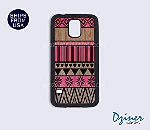 Galaxy S4 Heavy Duty Tough Case Cover - Aztec Pink on Wood (NOT REAL WOOD)
